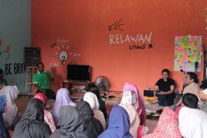 Konsep Wisata Literasi Di Basecamp RLI, Mulai Digandrungi Sekolah dan Kampus