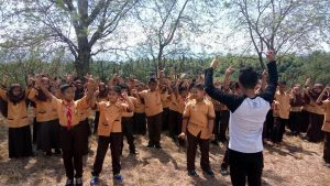 Peringati Hari Pahlawan, SD Al Irsyad ''Grebeg'' Basecamp Rumah Literasi Indonesia