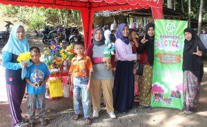 """Kampanye Peduli Sampah : Kampoeng Recycle Gelar Lapak di Pasar Tradisional """"Suguhan Ndeso"""""""